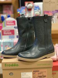 Сапоги Froddo кожа 1600 грн на меху