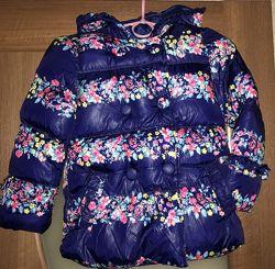Cимпатичная демисезонная курточка Zara девочке