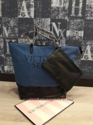Классная  сумка скосметичкой Victorias Secret