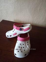 Фирменные кроксы crocs для вашей малышки