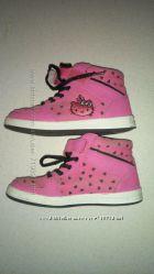 Ботиночки Hello Kitty   31 размер