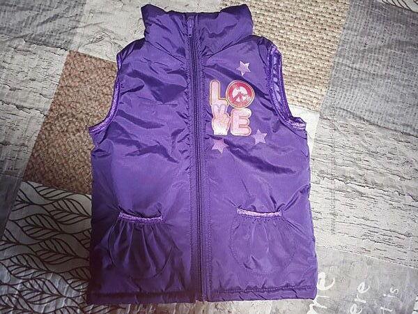 Тёплая жилетка для девочки, размер 4Т
