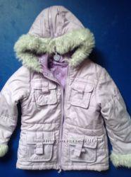Очень красивая и удобная курточка  в хорошем состоянии
