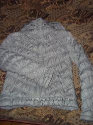 Курточка коротенькая, серая
