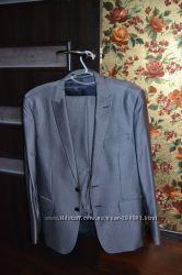 стильный мужской костюм в новом состоянии скидка