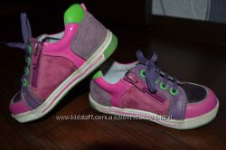 замечательные туфли- кроссовочки стелька 16 см