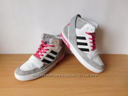 Кроссовки хайтопы Adidas 35 р. По стельке 22, 2 см