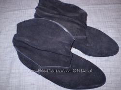 замшевые  полусапожки    размер  40 - 26. 5  см