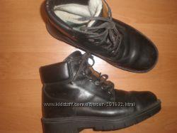 10 12   - 29 см  кожаные  ботинки  ф. Clarks
