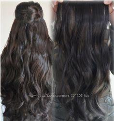 Волосы на заколках тёмно-русый