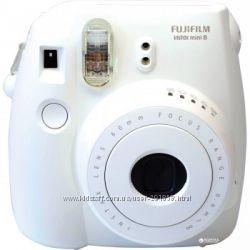 Камера для мгновенной съемки Fujifilm Instax Mini 8 White