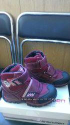 Продаю зимние ботинки Minimen