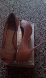 Кожанные туфли босоножки Fellini, 36-37, обуты два раза