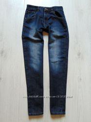 Шикарные плотные джинсы для парня. George. Размер 12-13 лет