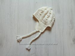 Шикарная белоснежная шапка для модницы. H&M. Размер 9-12 месяцев.