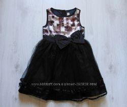 Шикарное нарядное платье для девочки. TU. Размер 7 лет