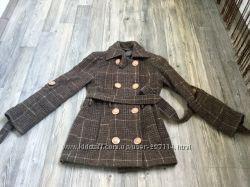 Шикарное пальто размер С-М, большые пуговицы