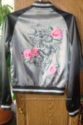 Бомбер-самая трендовая куртка сезона