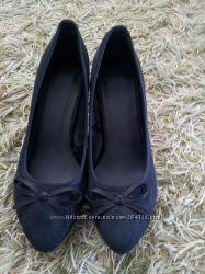 Туфли черниєфірма amisy