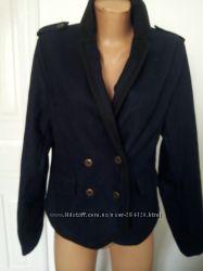 теплий темно-синий пиджак куртка фірми Pimkie