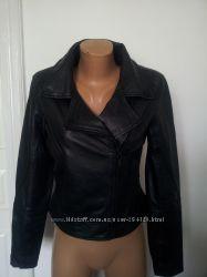 Кожаная куртка косуха фірми reserved