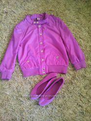 Легкая курточка малиновая фірми h&m