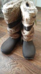 Зимние термо сапоги Crocs Modessa Furr