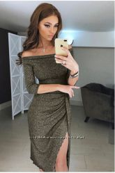 5377d1083b4 Платье из люрекса на запах с открытыми плечами