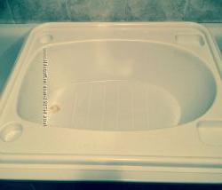 Ванночка   , подставочка для купания.