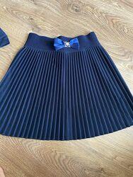 Одяг для школи, дівчинка 2-4 клас