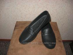 Черные практичные туфли