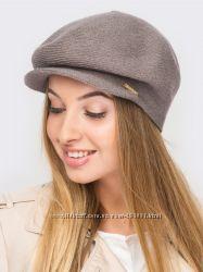Стильные новые шапки с козырьком