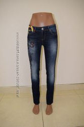 Брендовые женские джинсы  Moschino