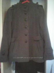Продам пальто женское на размер 50-52-54