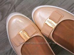 Туфли перламутровые
