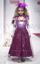 красивенное нарядное платье от укр. дизайнера на 4-6 лет