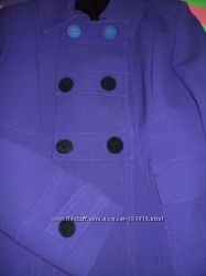 Стильный, яркий пиджак, пальто, фиолетовый цвет.