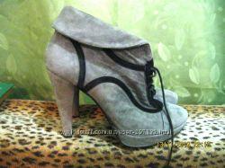 Очень красивые стильные деми ботинки на каблуке 38 размера