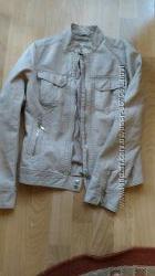 Продам кожаную легкую куртку фирмы Colins колинс замкожа