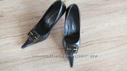 Туфли кожаные в хорошем сост 40 р