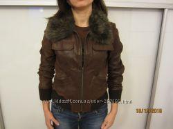 Курточка кожаная рыже-коричневая