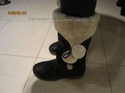 Красивые сапоги черные утепленные 39р. UGG Australia