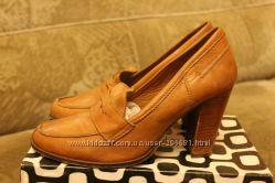 Туфли Fessura і Hogl MNG