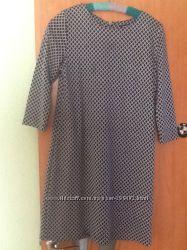 Фирменное платье трикотаж