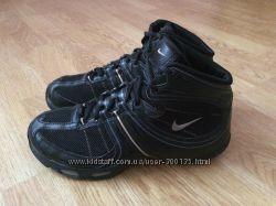 Кроссовки Nike Air оригинал в состоянии новых