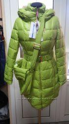 Пальто пуховик, очень красивые.