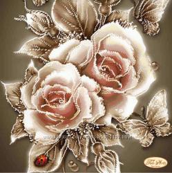 Вышивка бисером на атласе цветы