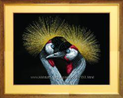 Вышивка бисером на габардине птицы