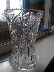 очень красивая ваза хрустальная