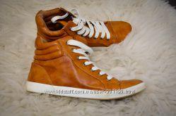 Стильные кеды ботинки